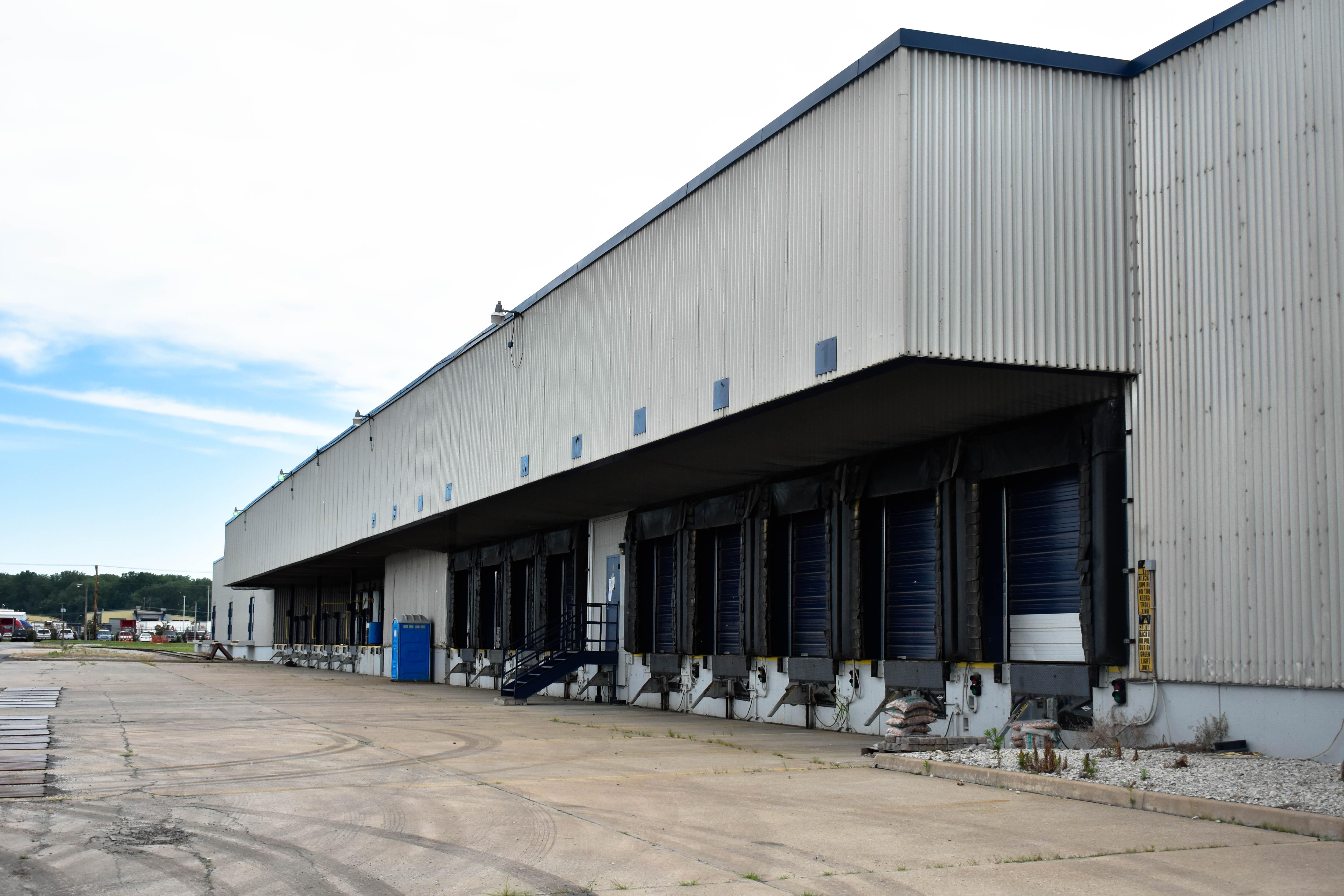 Spartan Kansas City Warehouse Docks
